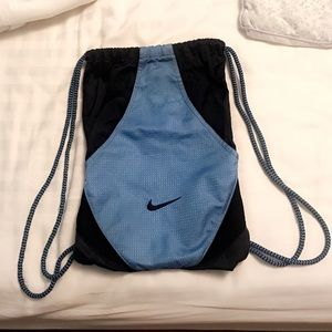 NIKE drawstring gym bag ⚽️ 🏀